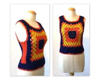Vintage des années 70 côtes-rappel Vest S M Crochet Top alias se rétrécit
