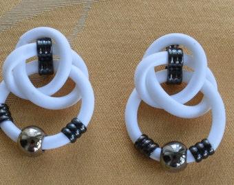 Pretty Vintage White Rubber, Darkened Silver tone Pierced Earrings (AH3)