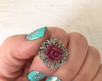 Resin Flower Ring on adjustable ring base, Rose Ring, Flower Ring, Vintage Ring, romantic jewelry, shabby chic, boho chic, flower jewelry