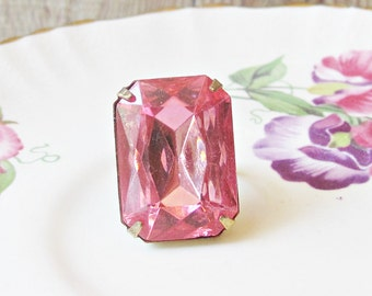 Pink Cocktail Ring Rose Chunky Statement Estate Style - Vintage Glass Stone Glam Brass Hollywood - Jewellery Jewelry Handmade For Women