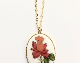 Vintage Orange and Red Flower Cameo Necklace, Floral Jewelry, Cameo Necklace, Vintage Necklace