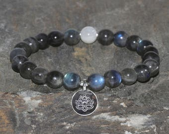 Moonstone and Labradorite Beaded Bracelet, Lotus Bracelet, Healing Crystals, Chakra Bracelet, 8mm Wrist Mala Beads, Yoga Gift, Balance