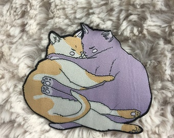 Cozy hugging cats patch - iron on patch - lovestruck prints