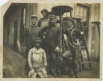 "Vintage Snapshot Photo: ""Dady at the Rail road"" [85672]"