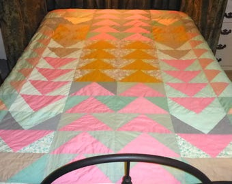 "Vintage Pastel Hand Quilted Quilt - 82"" x 70 1/2"""