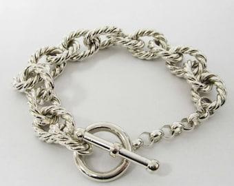 ONE STERLING silver loop chain bracelet