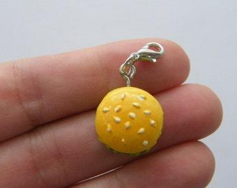 1 Hamburger charm FD297