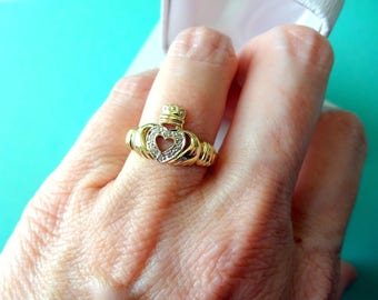 10kt Yellow Gold & Diamond Accent Claddaugh Ring Size 5.75