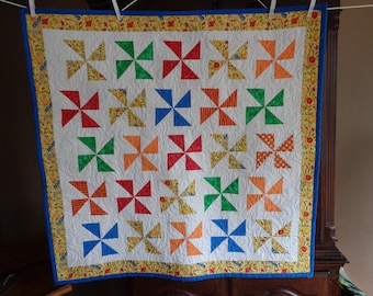 Baby Quilt, Baby Quilt, Pinwheels Quilt, Bright Modern Quilt 0523-01