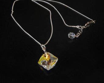Silver necklace with a Swarovski Cosmic AB Crystal