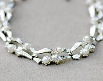 Lisner Faux Pearl Choker Necklace Vintage