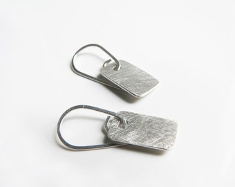 small silver earrings. minimalist earrings. sterling silver earrings. simple jewelry. everyday earrings. silver earrings sale