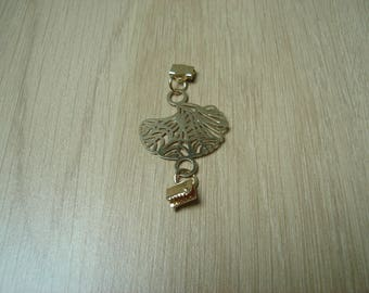 gold plated leaf charm