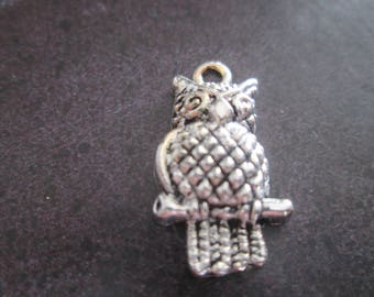 large charm / metal OWL pendant silver Mod #3 21 x 12 mm