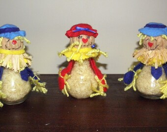 Light Bulb Scarecrows