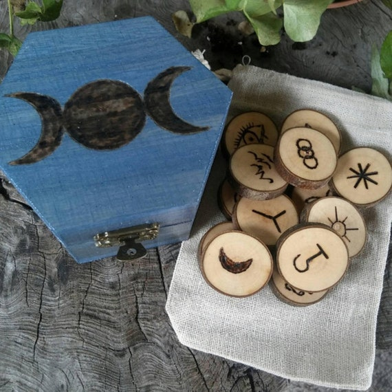 Maple Witches Runes - Witches Runes - Wood Runes - Rune Set - Divination - Maple - Runes - Wooden Runes - Maple Wood - Witch Rune Set