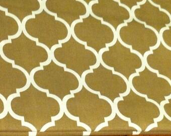 Quatrefoil fabric natural color