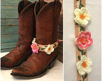 Boot Jewelry. Spring is in the air. Single (1) Free shipping!