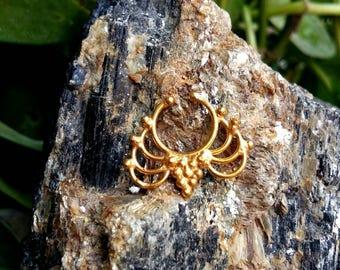 Goldfilled Septum Ring, fake Septum Ring, Handmade Septum Ring, Septum Cuff, Septum Clip, Tragus, Helix, Cartilage Earrings. Design no. FG5