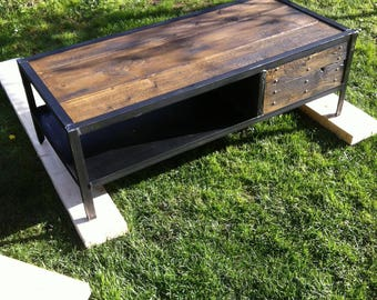 industrial style furniture coffee table vintage 5thdeco