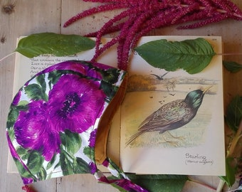 Purple vintage floral cotton cottage bonnet. Size 3-4 years.