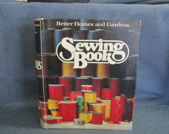Sewing Book Better Homes and Gardens by Lucille Rivers 1977