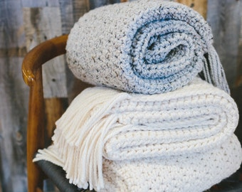 The Nantucket Throw Blanket - GREY MARBLE (ready to ship) // Chunky Knit Throw Blanket. Knitted Crochet Wool Afghan