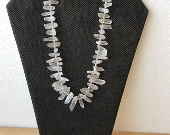 Boho style quartz nugget necklace