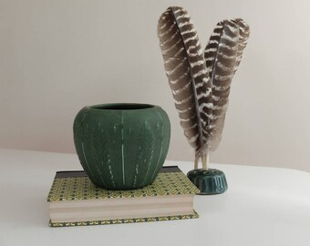 Hampshire Pottery Molded Leaves Vase in Green Matte Glaze, Mold Number 78, Art Pottery, Arts and Crafts Pottery