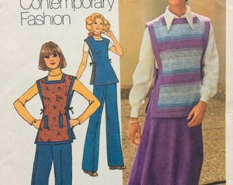 Simplicity 7572 misses bias skirt, pants and tunic size 8 bust 31 1/2 waist 24 vintage 1970's sewing pattern  Uncut  Factory Folds