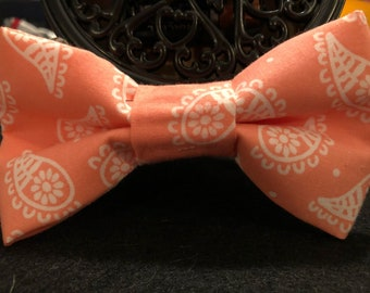 Coral and white paisley(human) bow tie