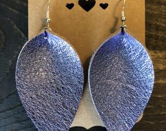 Leather Earring/Leather Leaf Earrings/Petal Earrings/Handcrafted/Purple Metallic