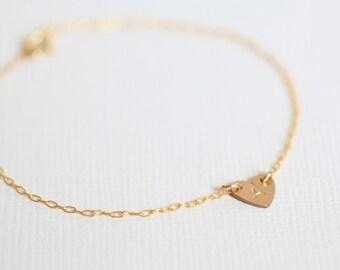 heart bracelet, monogram bracelet, dainty bracelet, custom hand stamped charm bracelet - gold filled