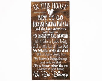 In This House We Do Disney Wooden Sign, Disney Sign, Shabby Chic Disney Quote Sign, We Do Disney, Home Decor, Children's Room Decor, Sign