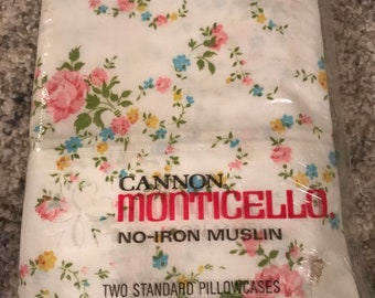 Vintage Cannon Monticello No Iron New in Package Floral Standard Pillowcases