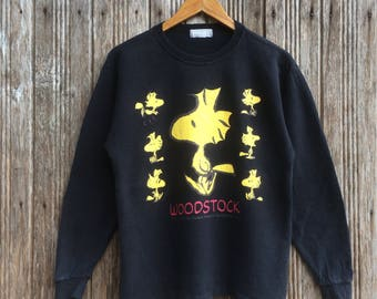Rare!! Peanuts snoopy X Woodstock sweatshirt Jumper Pullover nice design small size