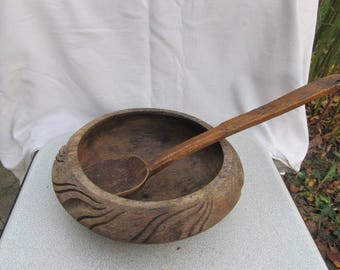 Old antique prirmitive wooden cup bowl hand made Kopanka with wooden lid