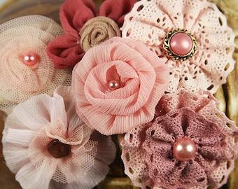 Fleurs PRIMA : Soie rose Mauve Madrigal Blossom Maestro / mousseline de soie / Tulle / coton dentelle tissu fleurs avec Pearl center.