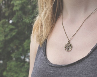 Tree of Life Necklace // Circle Tree Necklace // Forest Necklace // Woodland Necklace // Antique Brass Necklace