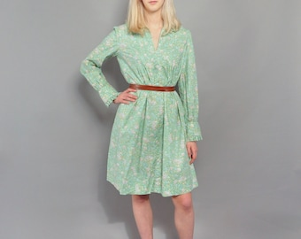Vintage Floral Boho Dress // 1970's A-Line Floral Print Dress // S M