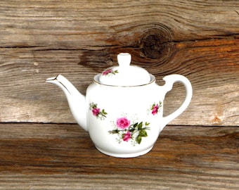 Lefton Teapot Small Teapot With Hand Painted Pink Roses White Porcelain Teapot Gold Accent Trim Cottage Chic Kitchen