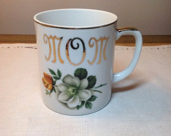 Vintage Mug MOM Romantic Floral with Gold Detail 1940s Mid Century