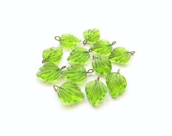 Peridot Green Glass Birch Leaf with Brass Loop, 18mm - 12 pieces