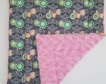 Medium Happy Place Skulls and Pink Roses Crate Mat