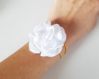 Bracelet fleur blanche mariée mariage champêtre, accessoire mariée fleur blanche, bijoux mariage fleur blanche