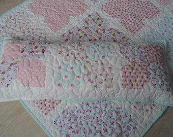 Set: kids blanket/quilt + side cushions