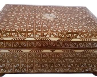 Jewelry Box, Large jewelry box, Mother of Pearl box, Syrian Jewelry box, Trinket box, Syrian Mosaic, Marquetry wood jewelry box,