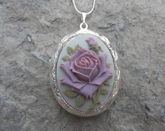 Cameo Locket!!! Lavender / Purple Rose!!!!!! Gorgeous Colors!!! High Quality!!!  Weddings, Photos, Keepsakes