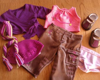 American Girl Marisol's Meet Outfit and Meet Accessories ... Includes Very Hard to Find Necklace ... Excellent Condition ... Retired
