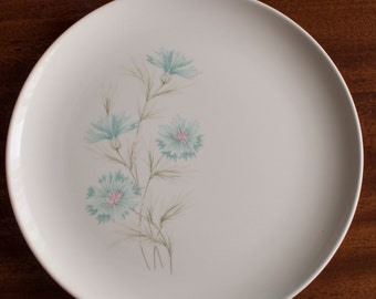 Boutonniere Dinner Plate - Taylor Smith Taylor - Ever Yours